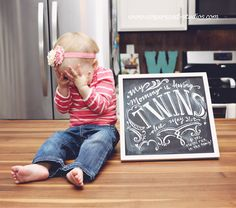 pregnancy reveal. Having Twins! Chalkboard #pregancyannouncement #twinsannouncement
