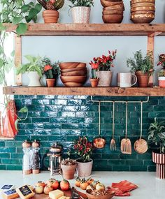 Bohemian kitchen decor custom textiles loom to home o photos and videos . Cuisines Design, Küchen Design, Design Ideas, Design Trends, Design Blogs, Tile Design, Design Elements, Design Inspiration, New Kitchen