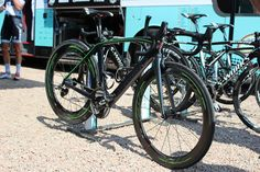 Road Cycling UK - Mark Cavendish tests SRAM Red 22 with hydraulic rim brakes ahead of 2013 Tour de France