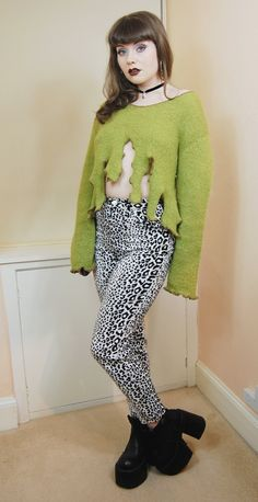 90s Grunge Clubkid Green Lime Slime Drips Fuzzy Mohair Scoop Neck Slouchy Longsleeve Cropped Sweater Jumper M / L
