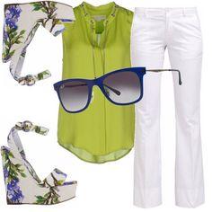 Ecco un tocco di colore nelle prime giornate calde. Non appena la nostra pelle comincia ad abbronzarsi un po', eccolo spuntare nel nostro outfit: il verde acido, stupendo se abbinato al pantalone bianco e ad un paio di zeppe in fantasia floreale. Per completare il look da passeggio un paio di occhiali da sole colorati di blu. Un look decisamente allegro per il vostro tempo libero.