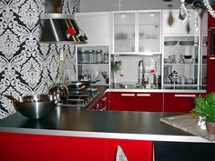 Red Black And White Kitchen Cabinets Decor