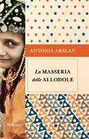 Antonia Arslan racconta la storia di una famiglia armena (la sua famiglia) che nel maggio 1915 viene distrutta...