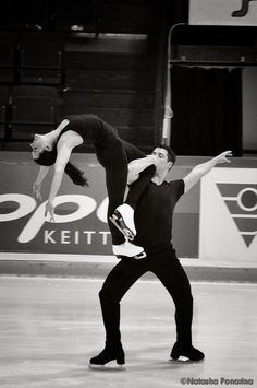 [Entry not seen] Roller Skating, Ice Skating, Figure Skating, Virtue And Moir, Tessa Virtue Scott Moir, Vancouver Winter, Love On Ice, Figure Ice Skates, Tessa And Scott