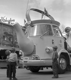 The coffee pot truck