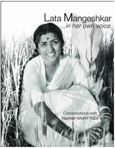 It is amazing how Lata Mangeshkar has for more than 70 years maintained her tremendous musical capabilities, right from till today Song One, She Song, Bollywood Celebrities, Bollywood Actress, Top Singer, Lata Mangeshkar, Legendary Singers, Indian Music, Vintage Bollywood