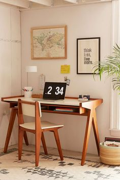 Henrick Desk - Hipster Home Decor Diy Interior Furniture, Shelf Furniture, Home Design Decor, House Design, Interior Design, Urban Outfitters, Hipster Home Decor, Mid Century Modern Desk, Uo Home