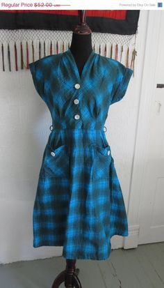 ON SALE Lovely classic 1950s 50s summer cotton by JCWolfendale, $44.20