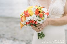 Boutique Weddings offers the complete wedding planning & packages service, have your dream elopement wedding in & around Queenstown or Wanaka NZ Seasonal Flowers, Elope Wedding, Bouquets, Wedding Flowers, February, Wedding Photos, Wedding Planning, Wedding Inspiration, Wedding Photography
