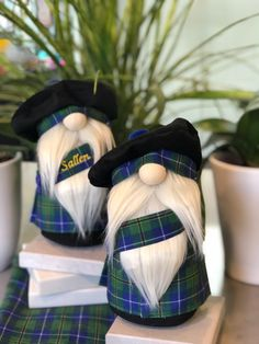 Scottish Blue and Green Turnbull Clan Tartan inspired Nordic style Gnome with kilt and Tam-O-Shanter with pom-pom! Can be personalized! Tam O' Shanter, Scottish Clan Tartans, Tartan Fabric, Christmas Gnome, Christmas Ideas, Christmas Ornaments, Gnome Garden, Christmas Decorations To Make, Holiday Crafts