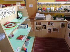 Everything you need to create a pet shop role play area in your classroom. Simply use with our other pets resources for more fantastic animal role play ideas. Preschool Centers, Learning Centers, Carnival Of The Animals, Dear Zoo, Role Play Areas, Easy Pets, Dramatic Play Centers, School Displays, Indoor Pets