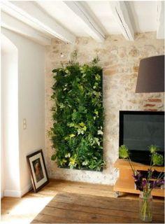 Come realizzare una parete vegetale: trucchi, consigli e prodotti che possono aiutarvi a realizzare un giardino verticale in casa.