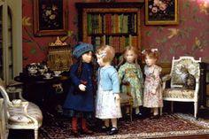 Miniature Doll Art. Invitee a gouter