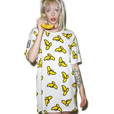 Cool [censored] Banana Tee (135 BRL) ❤ liked on Polyvore featuring tops, t-shirts, oversized white top, oversized white tee, white short sleeve t shirt, white tee and short sleeve t shirt