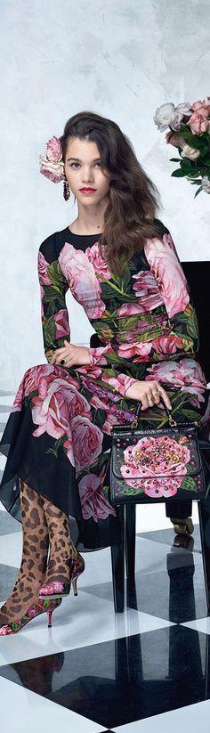 #Farbbberatung #Stilberatung #Farbenreich mit www.farben-reich.com Dolce & Gabbana SS 2017 Collection & more details