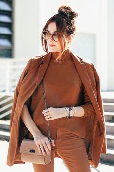 My favourite season is the best inspiration for an autumn monochromatic outfit in shades of brown from head to toes, wearing pants and blazer.