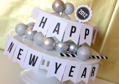 Crossing the Bugger-Dixon Line: New Year's Eve DIY Party Blowers & Decorations Diy Party Blower, Party Blowers, Music Crafts, New Year's Crafts, New Years Eve Day, New Years Party, New Year's Eve Celebrations, New Year Celebration, Winter Banner