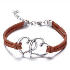 Heart-shaped leather bracelet heart bracelet