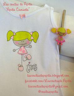 Las cositas de Pepita: Camisetas Pintadas a Mano Painted Bags, Hand Painted, Baby Dress Design, Shirt Bag, Fabric Painting, Girly Things, Logo Design, Embroidery, Stitch