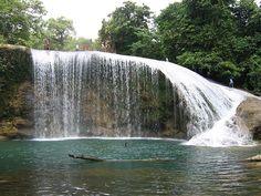 Sanizzi Falls Jipapad, Eastern Samar (#Philippines) Relaxing Photos, Leyte, Visayas, Cambodia Travel, Mindanao, Somewhere In Time, Samar, Caves, Oceans