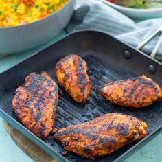 A quick and easy recipe for a homemade version of Nando's Peri Peri Chicken Breasts. Perfect for a busy midweek evening! Quick Easy Meals, Easy Dinner Recipes, Easy Dinners, Grill Recipes, Spicy Rice Recipe, Dinners Under 500 Calories, Peri Peri Chicken, Creamy Mushroom Sauce, Sweet Potato Wedges