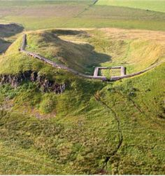 Castle Nick (Milecastle This aerial shot shows how commanding the Hadrian Wall milecastles were. Ancient Rome, Ancient History, Hadrian's Wall, Roman Britain, Fantasy Castle, Roman History, England And Scotland, Cumbria, Roman Empire