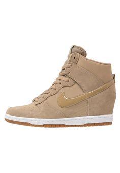 Nike Sportswear DUNK SKY HI ESSENTIAL Tenisówki i Trampki wysokie desert/slate/medium brown