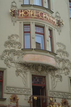 PRG_AN Hotel CentralIMGP9719 by Nouveau Voyages, via Flickr