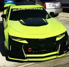 I totally love this design for this modified chevy camaro Luxury Sports Cars, Cool Sports Cars, Maserati, Bugatti, Chevy Camaro, 2019 Camaro, Audi Autos, Audi A3, Custom Camaro
