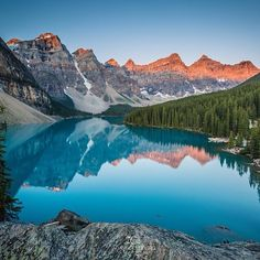 Stunning shot by @adamgoldbergphotography Taken at: Moraine Lake in Banff National Park