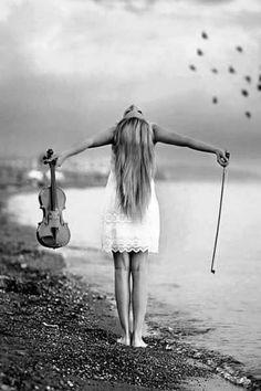 Soltando a musica è all'altezza del mare....