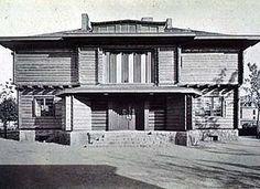 """Walter Gropius, Adolf Meyer, La maison Sommerfeld, 1921, est le premier grand projet commun du Bauhaus, bel exemple de """"synthèse des arts""""."""