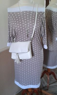 Dres and purse :) Purses, Handbags, Wallets, Purses And Handbags, Wallet, Bags
