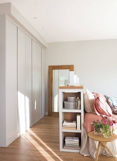 〚 Cozy home to meet old age in Spain 〛 ◾ Photos ◾Ideas◾ Design Wardrobe Design Bedroom, Bedroom Loft, Bedroom Color Schemes, Bedroom Colors, Made To Measure Furniture, My Ideal Home, Decorating Small Spaces, Cozy House, Bedroom Furniture