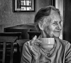 """Zelda war 90 Jahre alt, als sie starb. Ihrem Enkel Marc vom Blog """"Marc and Angel"""" hinterließ sie eine Schachtel mit verschiedenen Dingen, von denen sie wusste,"""