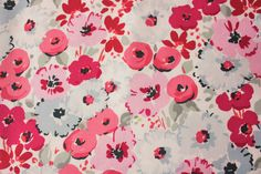 This is a super pretty premium cotton fabric from Dear Stella collection. Pink, Grey and Magenta colored flowers are accompanied with grey colored leaves. The base is an off white color. It will be perfect for dressmaking, baby clothing, headtie, bandana, quilting and so much more. Manufacturer: Dear Stella Material: 100% Cotton Design: Floral Base Color: Off White Approx Size: 50cmx112cm *Buy multiple amount and save on shipping **Please contact us for your custom orders. Shorter cut…