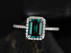 emerald engagement rings - Google Search