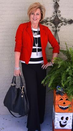 50 IS NOT OLD | BLACK WITH A POP OF COLOR | RED | CLASSIC | TRANSITION OUTFIT | FASHION OVER 40 FOR THE EVERYDAY WOMAN