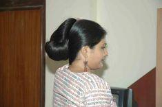 Indian Long Hair Bun Bun Hairstyles For Long Hair, Braids For Long Hair, Indian Hairstyles, Straight Hairstyles, Indian Hair Cuts, Indian Long Hair Braid, Cut My Hair, Long Hair Cuts, Long Hair Styles