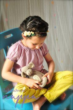 Haarbänder - Blumenkranz Emily (Schuleinführung, Blumenmädchen) - ein Designerstück von nuppu_ bei DaWanda