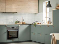 Ikea Kitchen Design, Modern Kitchen Design, Home Decor Kitchen, Interior Design Kitchen, Kitchen Furniture, Home Kitchens, Modern Ikea Kitchens, Kitchen Sets, Green Kitchen