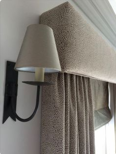 Upholstered pelmet with a piped lower edge and matching curtains in neutral greige taupe fabric. By The Curtain Room Luxury Curtains, Home Curtains, Curtains Living, Curtains With Blinds, Valances, Box Valance, Pelmet Designs, Curtain Designs, Curtain Pelmet