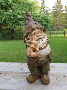 Garden Gnome Thinking | johnnyappleseedhomeandyard