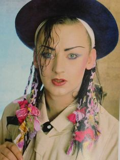 80S+Female+Rock+Fashion | Bret Michaels dresses like the ...