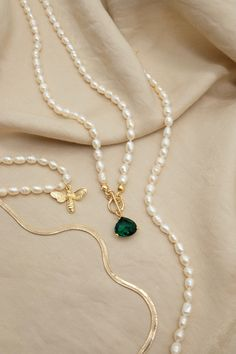Natural Freshwater Pearl Green Gemstone Necklace Gold Pearl Necklace, Pearl Gemstone, Quartz Necklace, Gemstone Necklace, Green Gemstones, Jewelry Photography, Necklace Price, Gold Filled Jewelry, Blessing