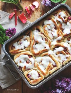 Rhubarb Tea, Rhubarb Syrup, Beer Recipes, Baking Recipes, Vegan Recipes, Gateaux Cake, Rhubarb Recipes, Vegan Treats, No Bake Cake