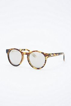 Le Specs Hey Macarena Mirror Lens Sunglasses in Tortoiseshell - Urban  Outfitters Cute Glasses, Glasses a88a0db21d9b