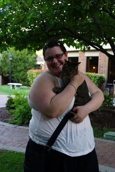 I got to meet Moki the Wobbly Cat! How awesome is that! #Blogpaws