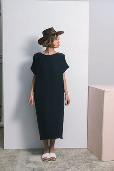 Georgia Midi easy every day scandi chic midi black dress