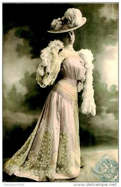 C 1907 French Music Hall Cabaret Rousso Beautiful Fashion Theater Photo Postcard Photo Postcards, Cabaret, Vintage Pictures, Victorian Fashion, French Vintage, Beautiful Dresses, Vintage Ladies, Actresses, Black And White